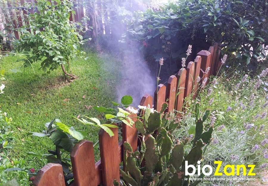 Disinfestazione zanzare per la casa e il giardino con l'impianto biozanz